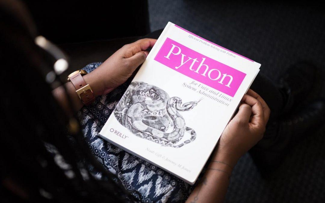 7 Razones por las que Python es el Mejor Lenguaje de Programación para Adolescentes
